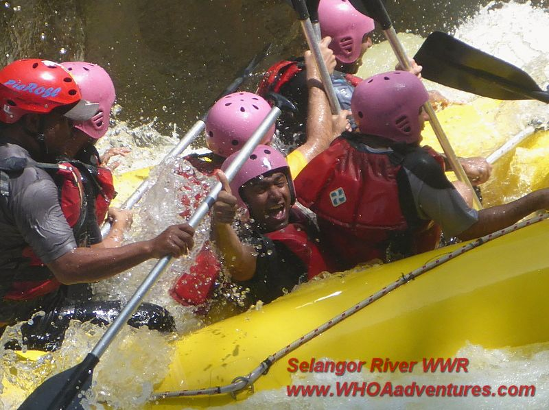 Thumbs up for Selangor River Whitewater Rafting!